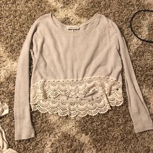 Abercrombie lace detailed crop top